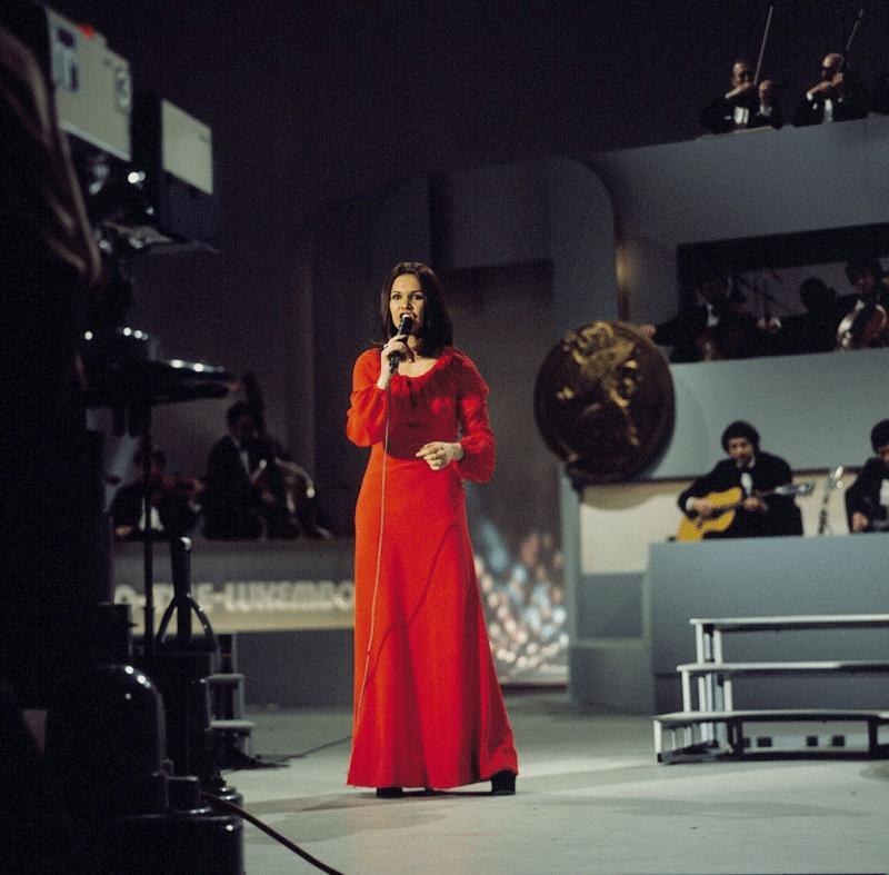 Анна-Мария Давид (Anne-Marie David) победительница Евровидения 1973 года из Франции