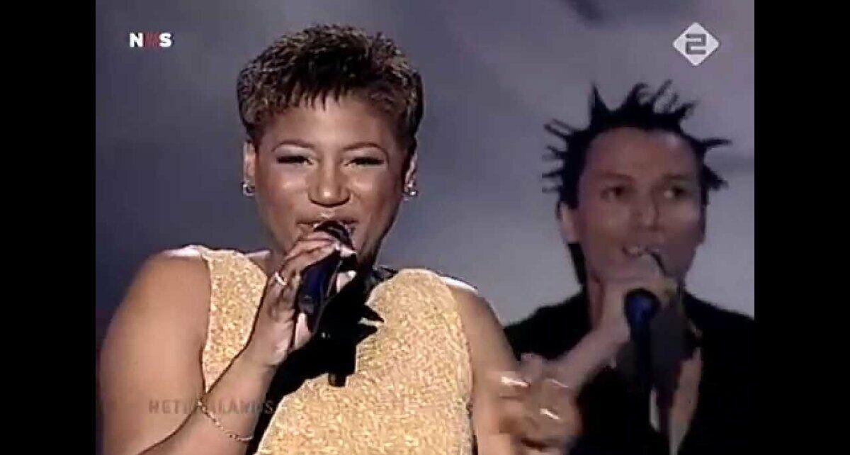 Эдсилия Ромбли (Edsilia Rombley): Участница Евровидения 1998 года из Нидерландов