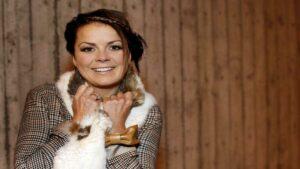 Биргитта Хаукдал (Birgitta Haukdal): Участница Евровидения 2003 года из Исландии
