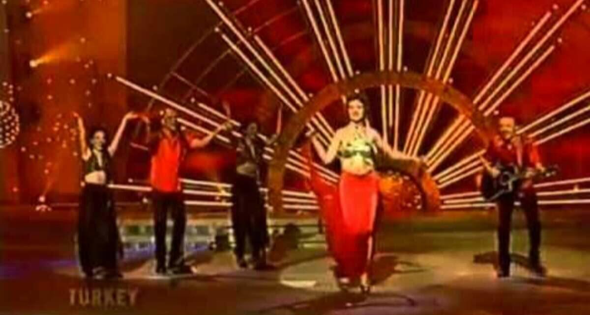 Тугба Онал и Grup Mystik (Tuğba Önal & Grup Mistik): Участники Евровидения 1999 из Турция