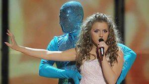 Кейси Тола (Kejsi Tola): участница Евровидения 2009 года из Албании